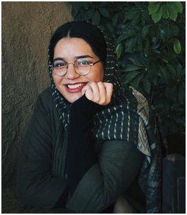 زهرا مومنی